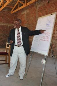 Abusa Mbereko teaching pastors